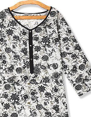 Karigari Off-White And Black Floral Print Cotton Kurta