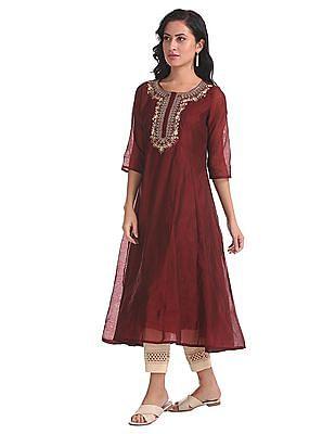 Anahi Red Embroidered Anarkali Kurta