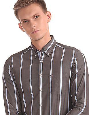 Arrow Sports Manhattan Slim Fit Vertical Stripe Shirt