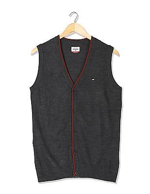 Arrow Sports V-Neck Sweater Vest
