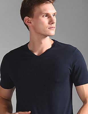 GAP V Neck Everyday Solid T-Shirt