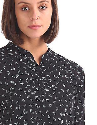 Cherokee Mandarin Collar Printed Top