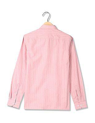 Excalibur Striped Pattern Spread Collar Shirt