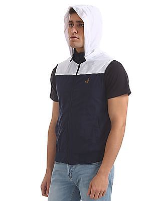 Bayisland Hooded Sleeveless Jacket