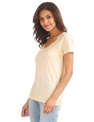 GAP Short Sleeve V-Neck T-Shirt In Vintage Wash